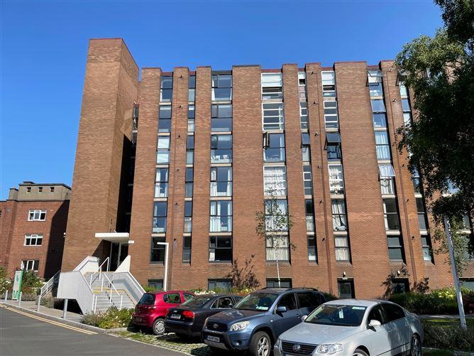 Main image for 32 Elm House, Mespil Apartments, Ballsbridge, Dublin 4