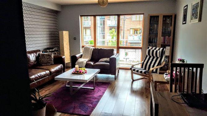 Main image for Great Apartment, fantastic Location, Dublin 2, Dublin