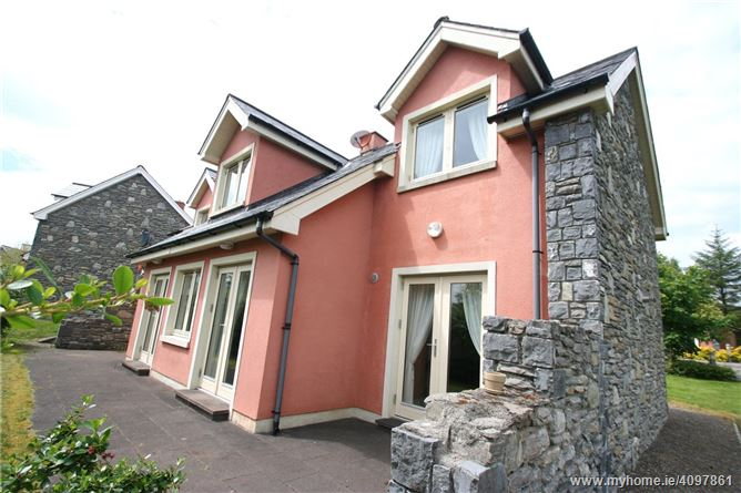 14 Ring Of Kerry Golf Village, Templenoe, Kenmare, Co Kerry, V93 N599