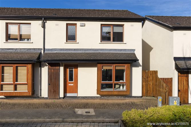 10 Hunters Place, Hunterswood, Ballycullen, Dublin 24