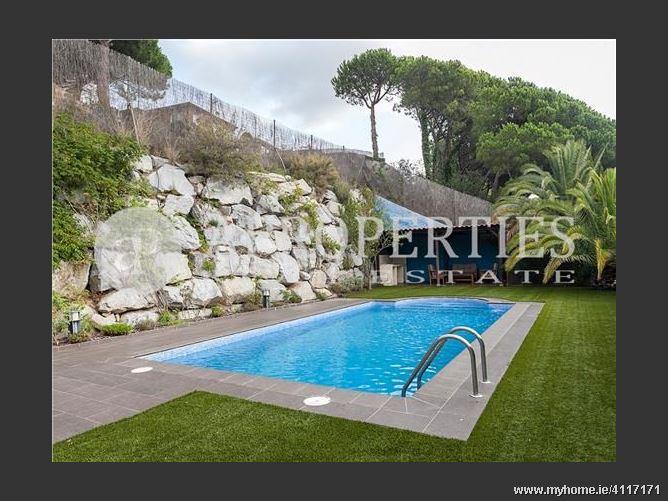 Calle, 08348, Cabrils, Spain