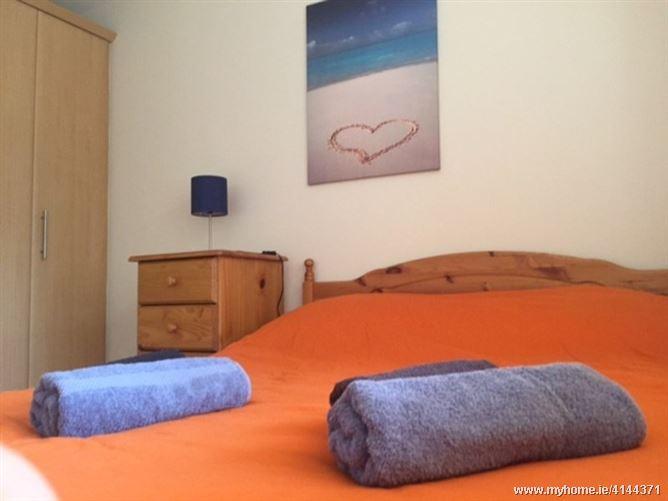 Cosy room near the park, Dublin