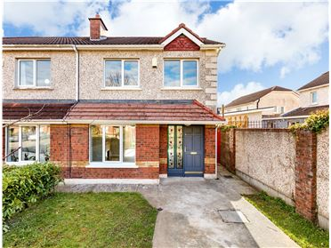 Photo of 76 Deerhaven Avenue, Clonee, Dublin 15, D15 K6P3