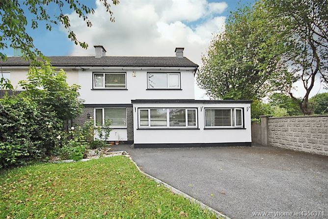 Main image for 66 Castleknock Road, Castleknock, Dublin 15, D15 P2KX.