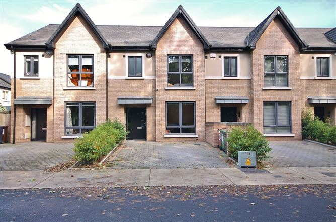 Main image for 10 Temple Woods, Greenhills Road, Tallaght, Dublin 24