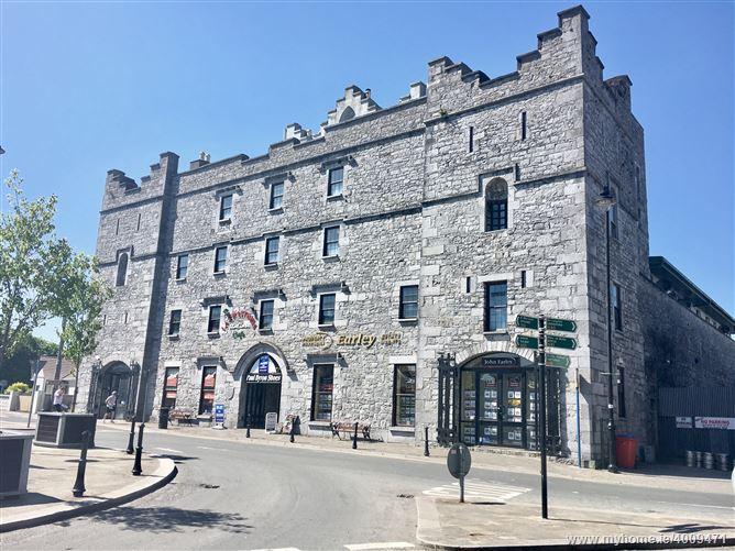 Main image of 10 Stonecourt, The Square, Roscommon, Roscommon