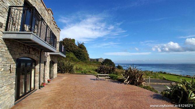 Castle Inn Apartments - Greencastle, Donegal