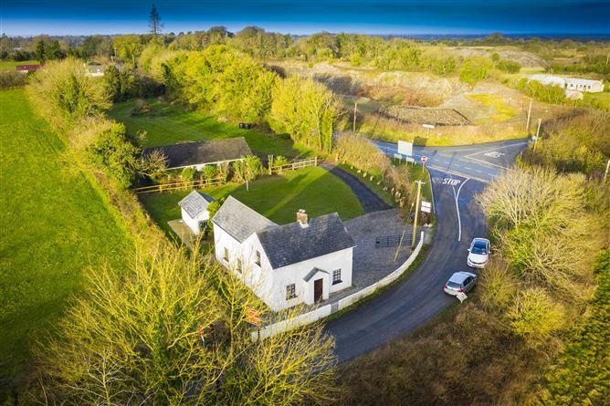 Main image for 'Bullring' Clondoogan, Summerhill, Meath