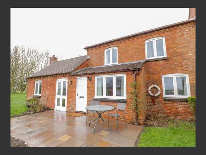 Main image for Wigrams Canalside Cottage, NAPTON-ON-THE-HILL, United Kingdom