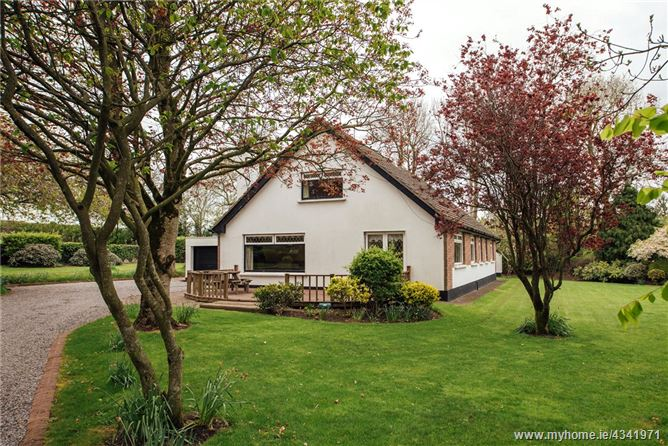 Main image for Sandiacre, Castlewarden, Straffan, Co. Dublin W23 K710