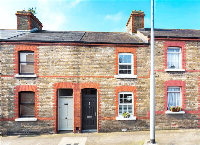 Main image for 96 Oxmantown Road, Stoneybatter, Dublin 7, D07W8F5