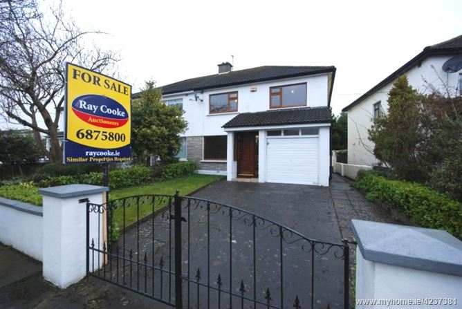 8 Hillview, Rathcoole, County Dublin