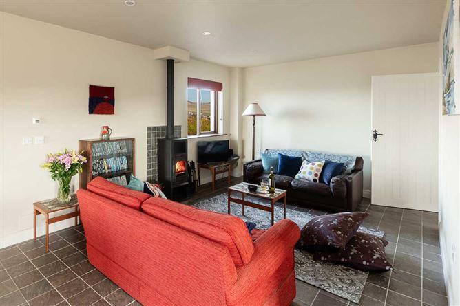 Main image for Duinin Cottage,Glashabeg, Ballydavid,  co.  Kerry
