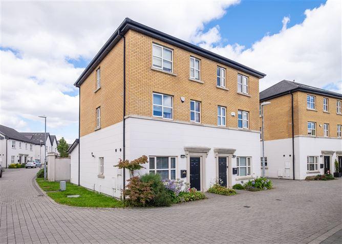 Main image for 7 Loftus Close, Belmont, Stepaside, Dublin