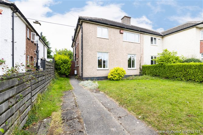 Main image for 33 Glenomena Park, Booterstown, County Dublin