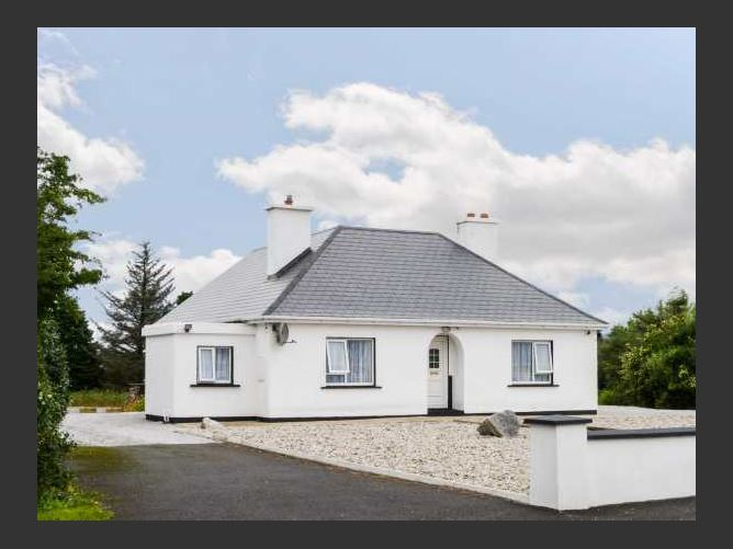 Main image for Carnmore Cottage, DUNGLOE, COUNTY DONEGAL, Rep. of Ireland