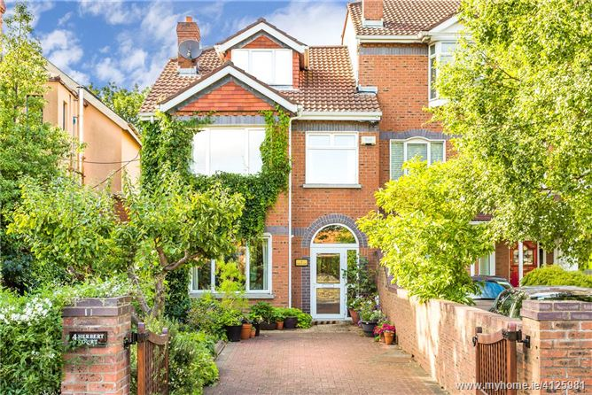 Photo of 4 Herbert Court, Sandymount Avenue, Sandymount, Dublin 4, D04 K6R0