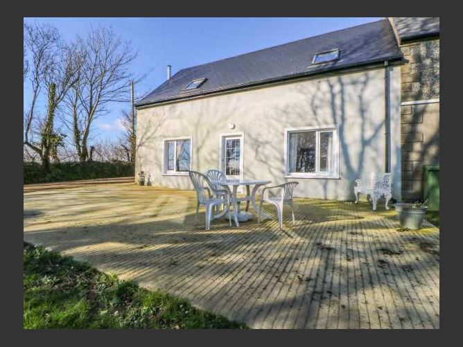 Main image for Beehive Cottage, KILBRITTAIN, COUNTY CORK, Rep. of Ireland