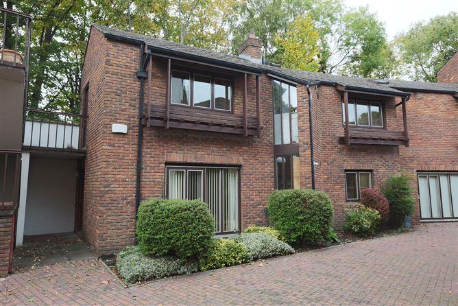 Main image for Apartment 12 Morehampton Mews, 2 Morehampton Road, Donnybrook, Dublin