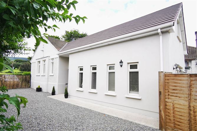 Main image for 6 Jamestown Cottages, Enniskerry Road, Kilternan, Dublin