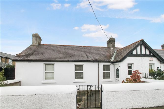 4 Eden Road Lower, Glasthule,   County Dublin