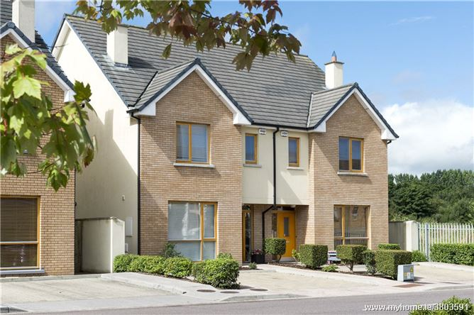4 Bedroom Semi-Detached Houses, Eden, Blackrock, Cork