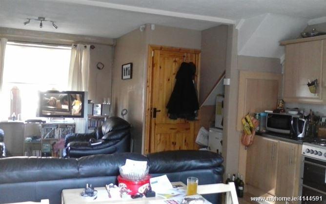 Cosy warm home, Ballyfermot, Dublin 10