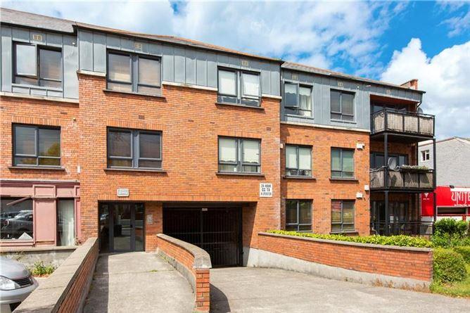 Main image for 5 St Laurence Court, Lower Ballyfermot Road, Chapelizod, Dublin 10, Dublin