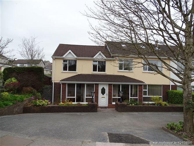 12 Barnavara Hill, Glanmire, Cork