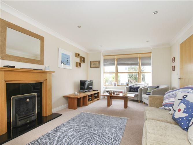 Main image for Gull House, TREARDDUR BAY, Wales
