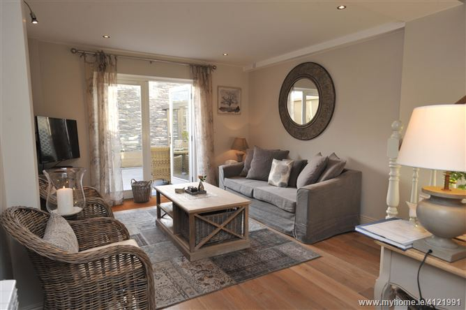 Main image for Lavish Kenmare Mews, Kenmare,  Kerry