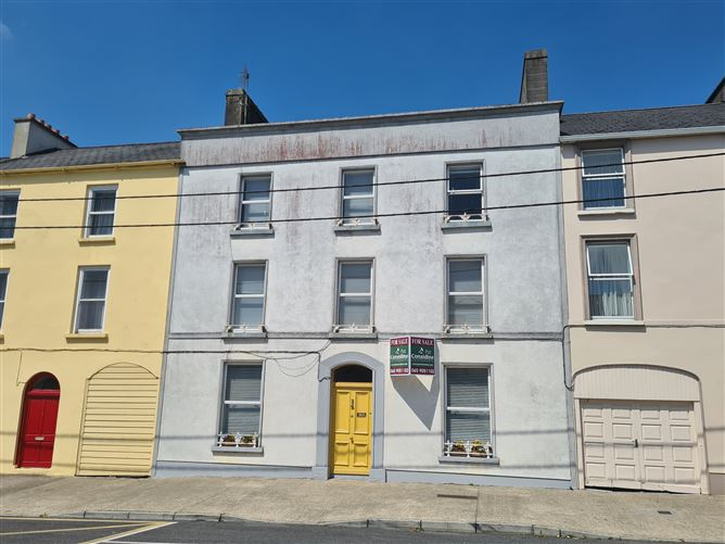 Main image for Corliss House, Frances Street, Kilrush, Clare