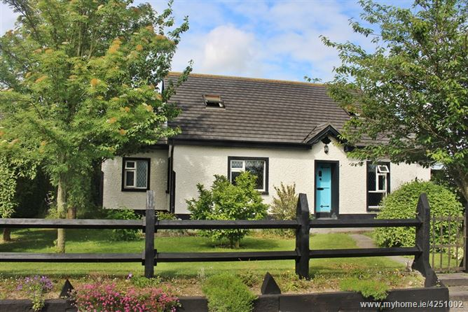 Ross Cottage, Cappincur, Tullamore, Offaly