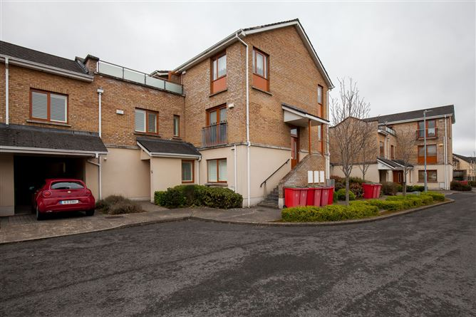 Main image for 13 Annfield Close, Carpenterstown, Dublin