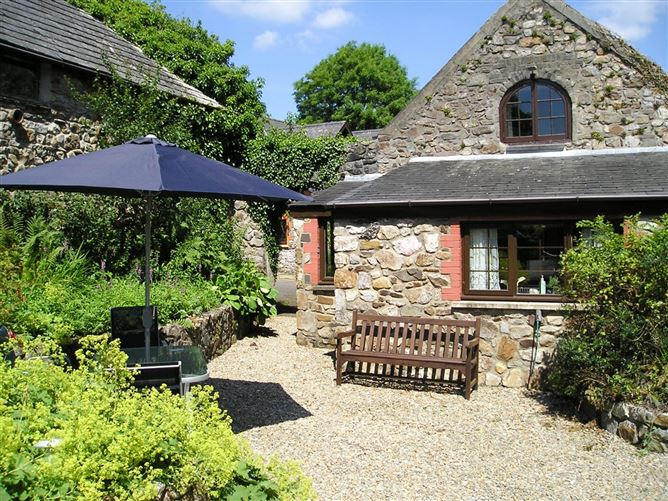 Main image for Barn Court Cottage,Narberth, Pembrokeshire, Wales