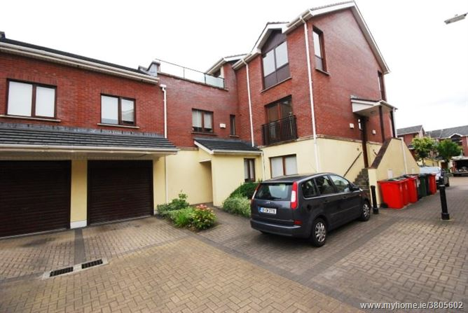 13 Hansted Place, Lucan, Dublin