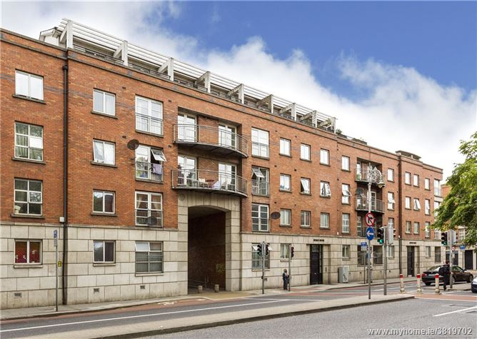 11 Hanover House, Ardilaun Court, Patrick Street, Dublin 8