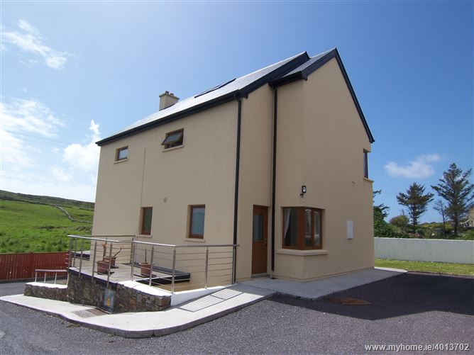 4 Bed house and 2 bed Apartment at The Cobbles, Crookhaven, West Cork