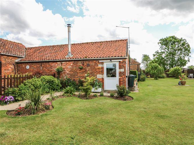 Main image for Poppy Cottage, HECKINGTON, United Kingdom
