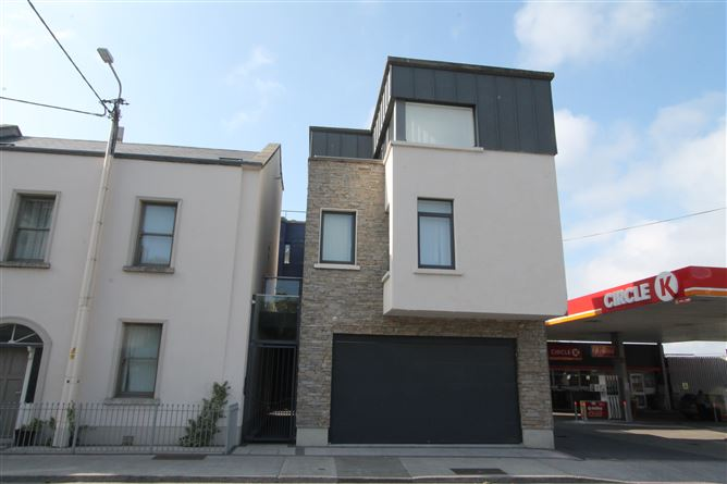 Main image for Apt 3, Purty House, Old Dunleary Rd, Dun Laoghaire, County Dublin