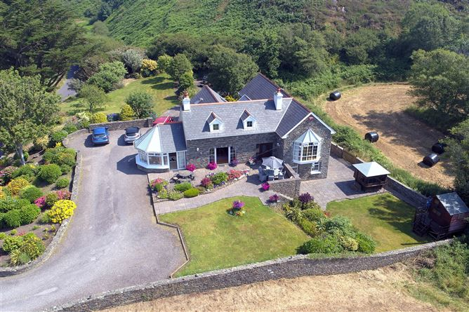 Main image for Bawnlahan, Tragumna, Skibbereen, Cork