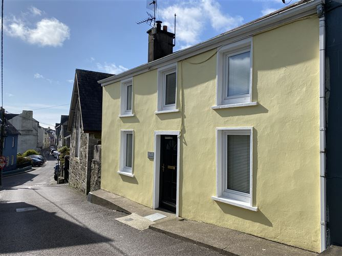 Main image for An Grianan, 2 Higher O'Connell St, Kinsale, Cork, P17NR50