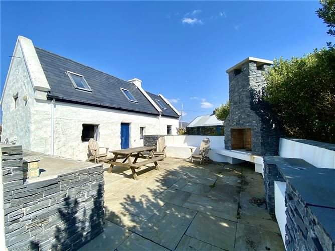 Main image for Dolan,Roundstone,Connemara,Co.Galway,H91Y2EY