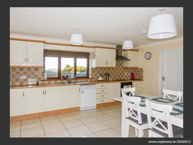 Clonteen,Clonteen, 3 Hillcrest, Carrick on Bannow, Wellington Bridge, County Wexford, Ireland