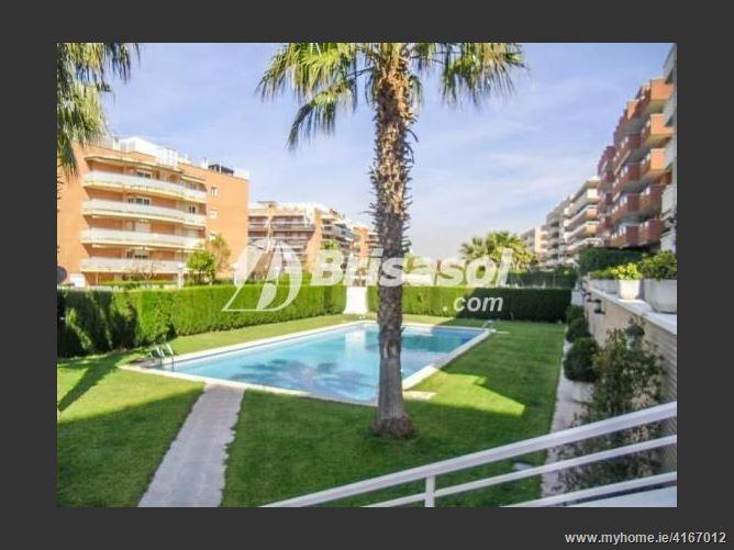 CalleTarragona, 43840, Salou, Spain