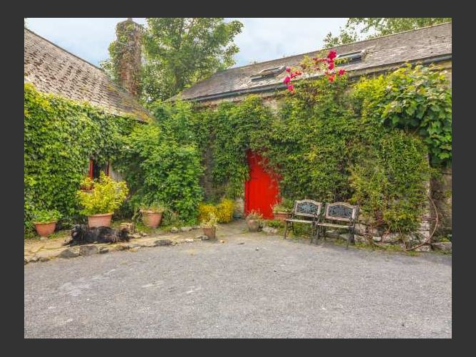 Main image for Ryan's Loft, ARDFINNAN, COUNTY TIPPERARY, Rep. of Ireland