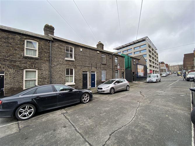 Main image for 46 Eblana Villas, Grand Canal Dk, Dublin 2