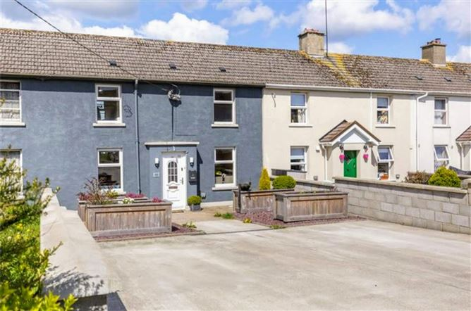 Main image for 48 Charleton Hill, New Ross, Wexford, Y34AX72