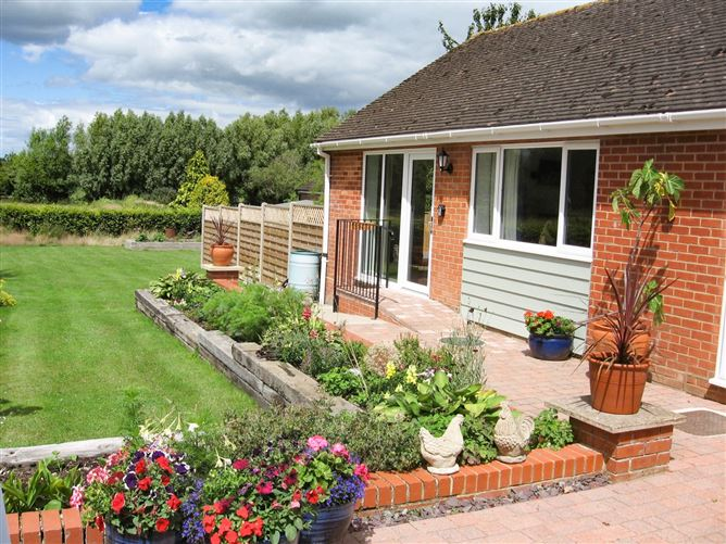Main image for Beechnut Cottage,Tewkesbury, Worcestershire, United Kingdom