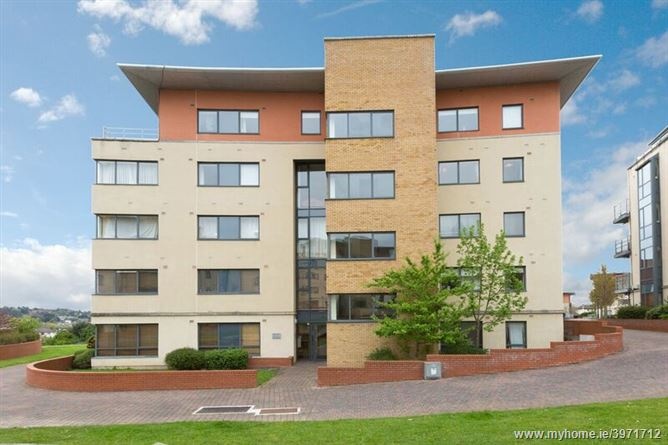 Photo of 81 The Oval, Tullyvale, Cabinteely, Dublin 18